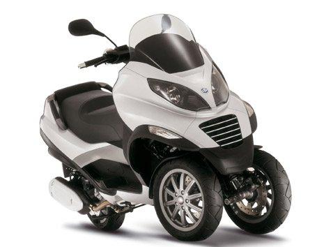 moto mp3 de 3 ruedas full ocio. Black Bedroom Furniture Sets. Home Design Ideas
