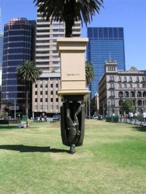 estatuas-diferentes_28.jpg